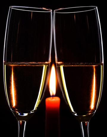 champagne-glasses-candle-lg